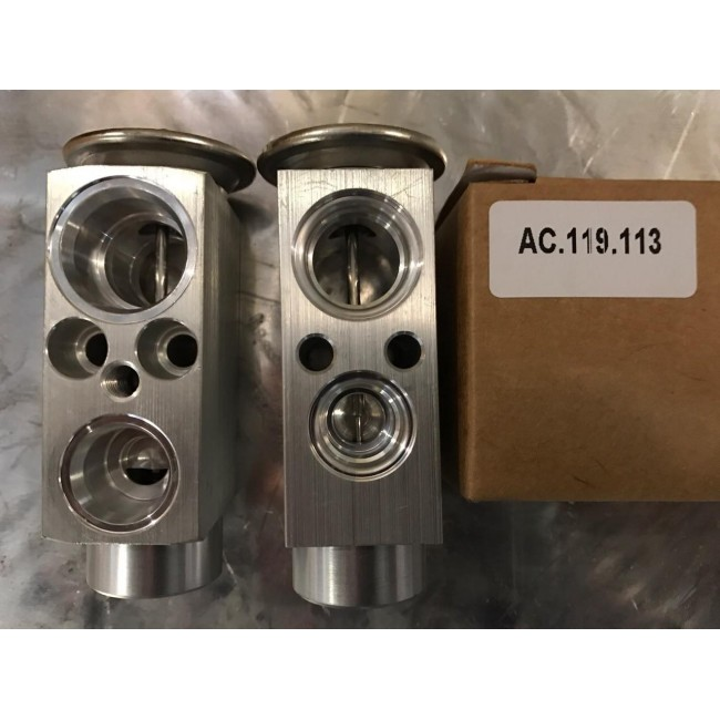 Терморегулирующий вентиль OEM: 64118371459 Car Make: BMW E39, E53(X5) 64118371459